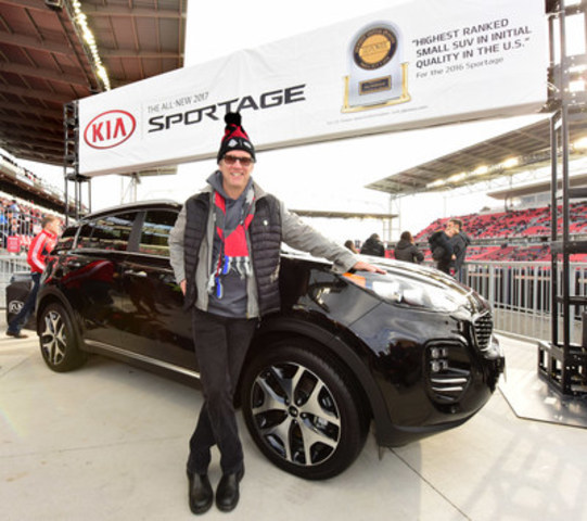 Kia Canada Inc. demonstrated the brand's power to surprise by rewarding Toronto resident and loyal Toronto FC fan, Geoff Post, with a one year lease on a brand new 2017 Kia Sportage. (CNW Group/KIA Canada Inc.)