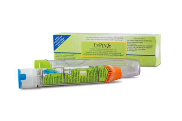 EpiPenR Jr (epinephrine) Auto-Injector (CNW Group/Pfizer Canada Inc.)