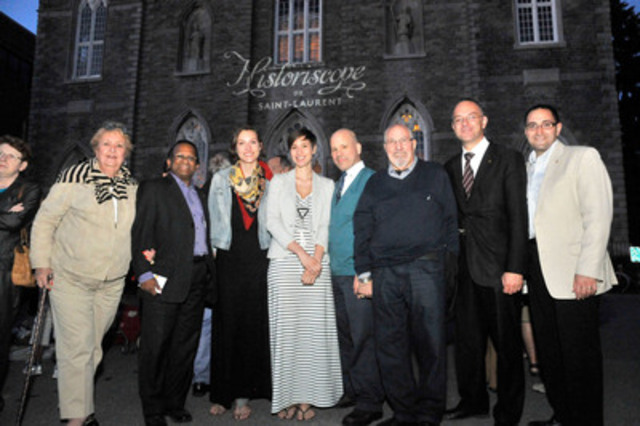 Creators Elizabeth Laferrière and Sarah Ouellet, scriptwriter Luc Chamberland and the members of the ...