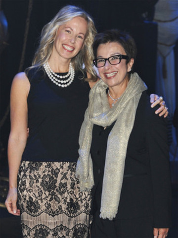 Chair of the Bell Mental Health Initiative, Mary Deacon, and CAMH President, Catherine Zahn, at last night's Bell Event fundraiser in support of CAMH (CNW Group/BELL CANADA)