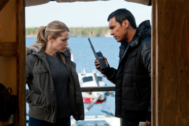 Pascale Hutton and Adam Beach of Arctic Air Tuesdays at 9pm (930 NT) on CBC TV (CNW Group/Canadian Broadcasting Corporation)