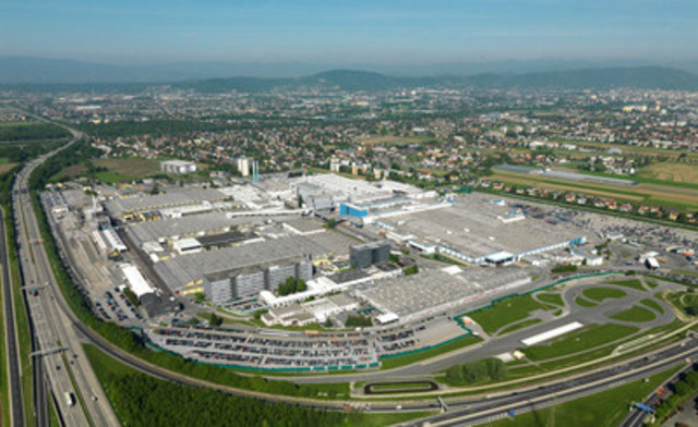 Magna International Inc. will manufacture the new BMW 5 Series sedan at its contract vehicle assembly facility in Graz, Austria, starting in 2017. With this new business award from BMW, together with another from Jaguar Land Rover and a contract extension on the Mercedes-Benz G-Class, Magna's Graz facility is expected to build approximately 200,000 vehicles per year by 2018. (CNW Group/Magna International Inc.)
