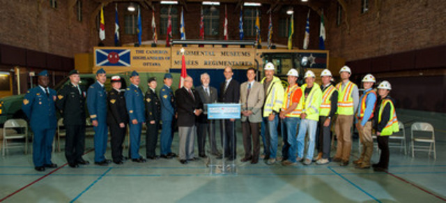 Ottawa - To unveil the Web site for Helmets to Hardhats Canada (H2HC) today, CF members and construction workers joined Dr. Robert Blakeley, Board of Directors, H2HC; Mr. Joe Maloney, Chairman of the Board, H2HC; Minister of Veterans Affairs Steven Blaney; and BGen (retd) Gregory Matte, Executive Director, H2HC. (CNW Group/Veterans Affairs Canada)
