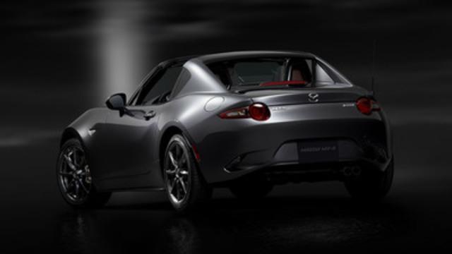 Mazda MX-5 RF (spécifications pour le marché nord-américain) (Groupe CNW/Mazda Canada Inc.)