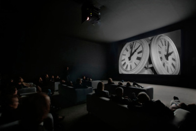 The Clock, 2010 - View of the installation - Video with sound, 24 h - Courtesy the artist and White Cube, London (CNW Group/Musée d'art contemporain de Montréal)