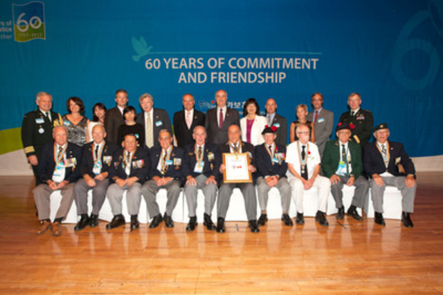 The Honourable Julian Fantino, Minister of Veterans Affairs, and Canadian Korean War Veterans attended a banquet hosted by the Prime Minister of the Republic of Korea for Veterans as a thank you for their service during the Korean War. (CNW Group/Veterans Affairs Canada)