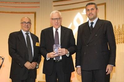 """منح ديفيد روبنشتاين من مجموعة كارلايل جائزة منظمة أبانا للإنجاز 2018 """"ABANA Achievement Award 2018"""" تكريمًا لإنجازاته في منطقة الشرق الأوسط وشمال أفريقيا"""