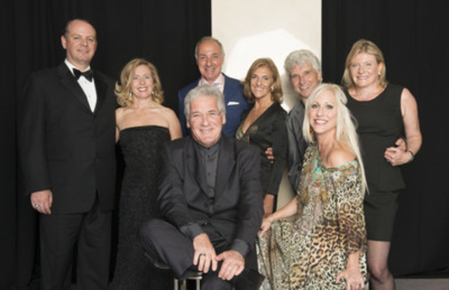 On Thursday, September 24, 2015 members of Toronto's arts community gathered to celebrate the opening of the Toronto Symphony Orchestra's dynamic 94th season with a special performance by world-renowned violinist Pinchas Zukerman at Roy Thomson Hall followed by an exclusive gala dinner at The Ritz-Carlton, Toronto.  Left to Right (back): Kevin and Trish Reed; David and Renette Berman; Peter and Nadine Oundjian.  Left to Right (front): Pinchas Zukerman and Amanda Forsyth.  (Photo Credit: Paul Alexander) (CNW Group/Toronto Symphony Orchestra (TSO))