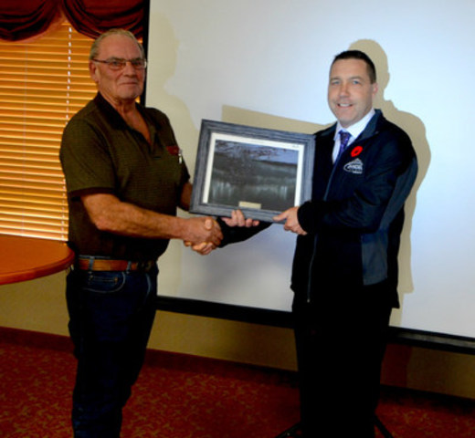 Jandel Homes receives Business of the Year (CNW Group/Jandel Homes)