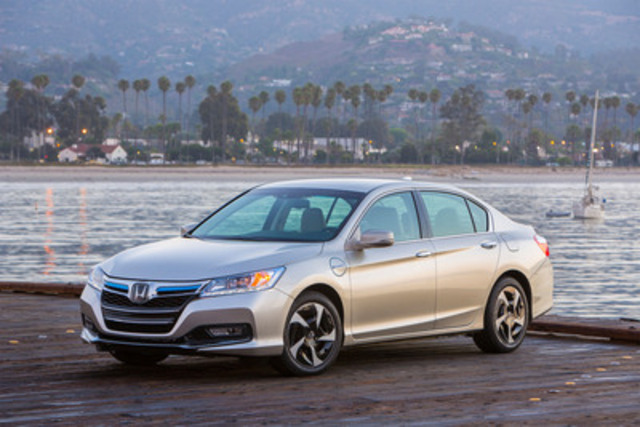 Honda's first plug-in hybrid combines extensive standard features and estimated driving range over 800 km. The 2014 Honda Accord Plug-in Hybrid will provide the athleticism and craftsmanship of the all-new Accord platform, charged with a remarkable dose of hybrid efficiency and electric torque. (CNW Group/Honda Canada Inc.)