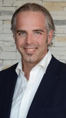 M. Jocelyn Hogue, président et coactionnaire de Toitures Hogue inc., a été élu président du Conseil d'administration de l''Association des Maîtres Couvreurs du Québec (AMCQ) le 22 janvier dernier. (Groupe CNW/Association des Maîtres Couvreurs du Québec)