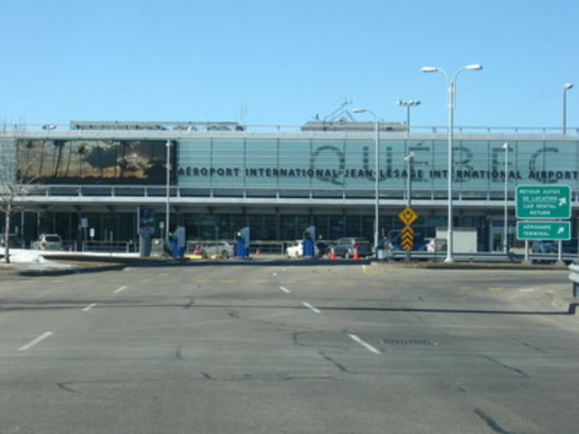 Aéroport international Jean-Lesage de Québec (Groupe CNW/COSSETTE INC.)