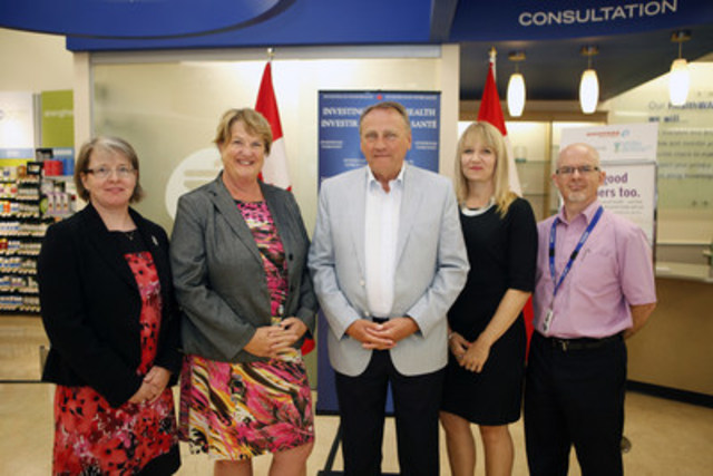 At Shoppers Drug Mart in Nanaimo, BC, the new Seniors Mental Health Initiative was announced by (from left to right): Bonnie Schroeder, National Director of the Canadian Coalition of Seniors' Mental Health; Cathy McLeod, Parliamentary Secretary to the Federal Minister of Health and MP for Kamloops - Thompson - Cariboo; Minister John Duncan, Chief Government Whip and MP for Vancouver Island North; Lise Kuramoto, Vice President Operations for Shoppers Drug Mart in British Columbia; and Dr. Lonn Myroniuk, geriatric psychiatrist. For more information, please visit: http://shoppersdrugmart.mediaroom.com/2015-07-27-Seniors-dealing-with-depression-and-suicide-can-turn-to-Shoppers-Drug-Mart-for-help (CNW Group/Shoppers Drug Mart Corporation)