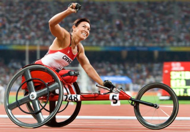 La médaillée paralympique à 21 reprises Chantal Petitclerc, la paralympienne canadienne qui a connu le plus de succès, a été nommée la gagnante du prix de la reconnaissance de la journée internationale de la femme par le Comité international paralympique (CIP), dimanche (8 mars). (Groupe CNW/Comité paralympique canadien (CPC))