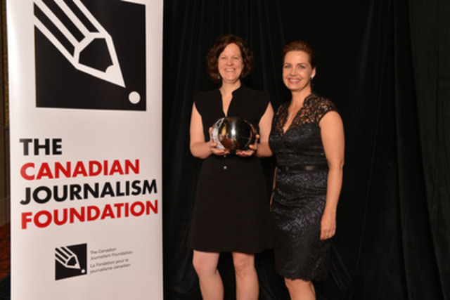 The Tyee was the recipient of the Excellence in Journalism Award in the small-media category at the 16th Annual Canadian Journalism Foundation Awards. Michelle Hoar (left), director of publishing and advertising for The Tyee, accepted the award from presenter Dawna Friesen, executive editor and anchor of Global National. (CNW Group/Canadian Journalism Foundation)