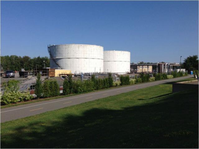 Fresque réservoirs avant travaux. (Groupe CNW/Énergie Valero Inc.)