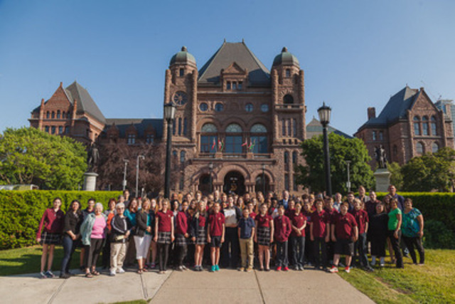 The delegation in front of Queen's Park (CNW Group/Conseil Scolaire de District Catholique Centre-Sud)