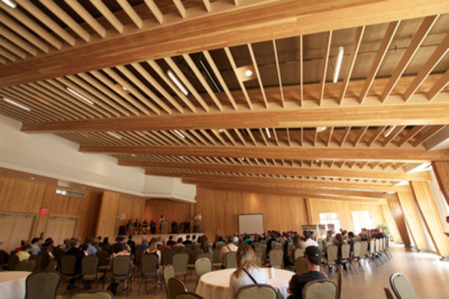 Elkford Community Conference Centre : a showcase for wood innovation (CNW Group/Canadian Wood Council for Wood WORKS! BC)