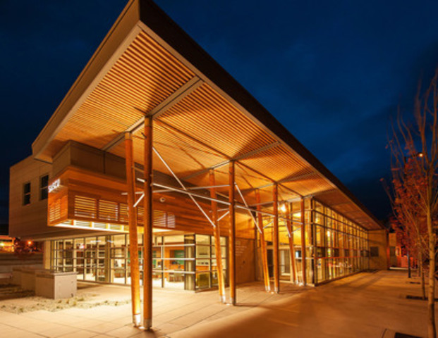 Architect Award - Commercial Wood Design Award; Mike Mammone, Ratio Architecture - Interior Design - Planning; Salmon Arm Savings and Credit Union - Uptown Branch; Salmon Arm, BC - Courtesy: Wood WORKS! BC (CNW Group/Canadian Wood Council for Wood WORKS! BC)