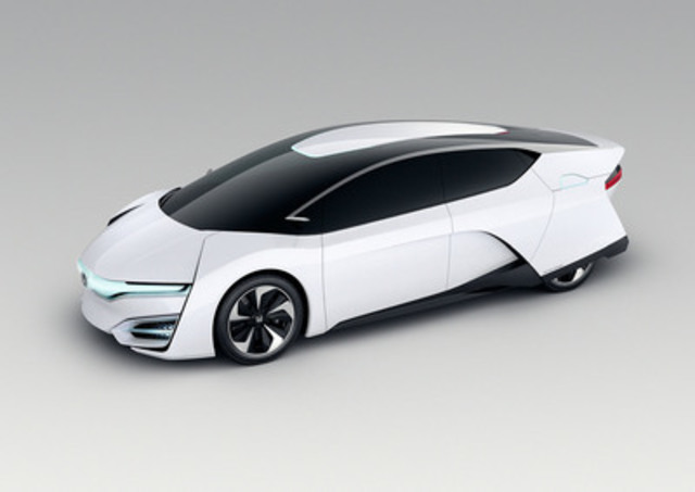 The sleekly styled Honda FCEV Concept, made its world debut at the Los Angeles International Auto Show. The concept expresses a potential styling direction for Honda's next-generation fuel-cell vehicle anticipated to launch in the U.S. and Japan in 2015, followed by Europe. (CNW Group/Honda Canada Inc.)