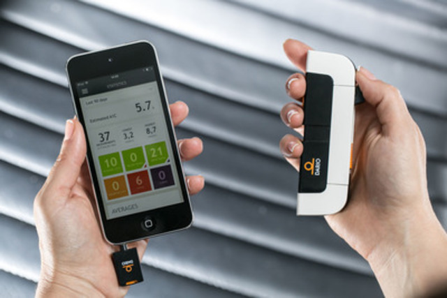 Avec Dario, votre glucomètre est votre téléphone intelligent. Dario est un glucomètre tout-en-un personnalisé et portable qui surveille vos niveaux de glycémie peu importe où que vous soyez et ceci en quelques secondes, sur notre application mobile facile à utiliser. (Groupe CNW/LabStyle Innovations)