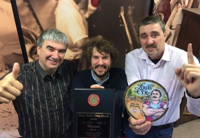 Left to right : Mario Bergeron, Vice-President; Thomas Paquin-Roy, Research and Development Coordinator; Roger Bergeron, President and CEO. (CNW Group/Fromagerie Bergeron inc.)