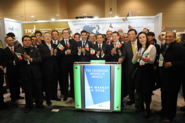 Mr. Ildefonso Guajardo Villarreal, Minister of Economy, Mexico joined Nick Thadaney, President and CEO Global Equity Capital Markets, TMX Group to open the market from TMX Group's booth #2917 on the floor of PDAC's Investors Exchange. In 2015, 4 new companies with mining projects in Mexico listed on Toronto Stock Exchange and TSX Venture Exchange. There are currently 120 mining companies with 439 projects in Mexico listed on TSX and TSX Venture Exchange. (CNW Group/TMX Group Limited)