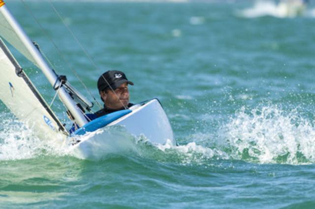 Bruce Millar, qui a participé aux Jeux paralympiques de Londres 2012 et Athènes 2004, est prêt à voguer en solo dans la flotte très compétitive de 2,4mR.  Photo: Walter Cooper / Voile Canada (Groupe CNW/Comité paralympique canadien (CPC))