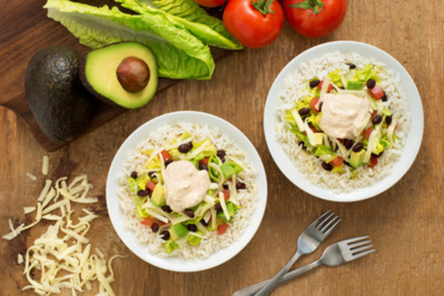Black Bean Burrito Bowl – recipe courtesy of UNCLE BEN'S® (CNW Group/UNCLE BEN'S® Canada)
