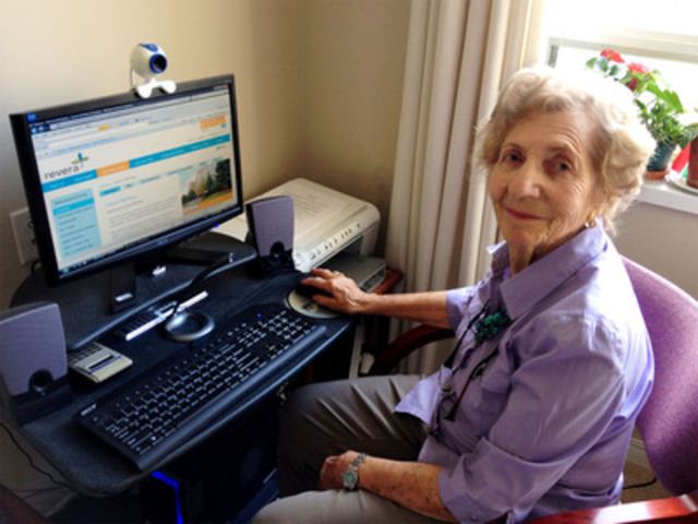 The Revera Report on Tech-Savvy Seniors shows staying socially connected and maintaining independence are the two key benefits of technology for those 75-plus. At 88, Bertha is a self-taught computer fan who stays in touch through Facebook and Skype at Revera's Forest Hill Retirement Residence. (CNW Group/Revera Inc.)