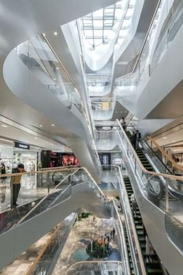 "UNStudio เผยโฉม ""Raffles City Hangzhou"" สถาปัตยกรรมเพื่อการยกระดับคุณภาพชีวิตของคนเมืองอย่างยั่งยืน"