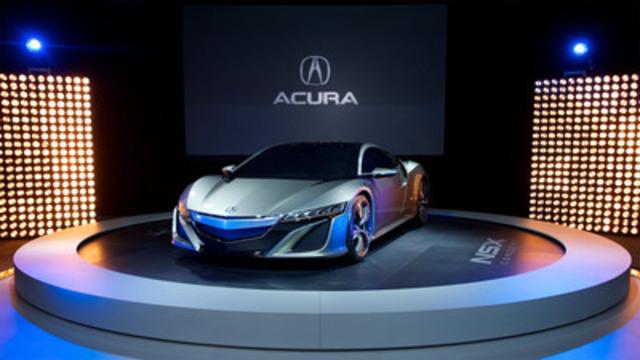 Acura a dévoilé aujourd'hui le concept NSX au Salon international de l'auto du Canada, qui vise à donner un aperçu de la prochaine génération de supervoitures de haute performance d'Acura. Grâce à l'utilisation de matériaux légers et d'un moteur V6 en position centrale, le concept NSX met à contribution plusieurs nouvelles technologies perfectionnées d'Acura conçues pour améliorer la performance et le rendement énergétique. (Groupe CNW/Acura Canada)