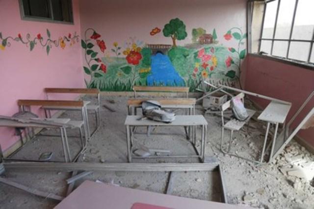 ©UNICEF/2016/Syria/Rural Damascus/Al Shami L'école primaire à Al-Qarma, en région de Damas, a été bombardée le 20 novembre dernier. Un enfant de 10 ans est mort dans cette attaque et 15 autres enfants ont été blessés. (Groupe CNW/UNICEF Canada)