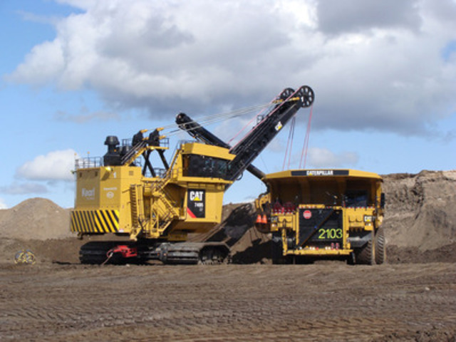 A Caterpillar 797 truck is loaded at the Keal mine. (CNW Group/Imperial Oil Limited)