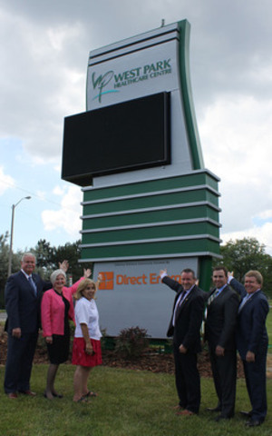 West Park Healthcare Centre unveils new sign signifying beginning a major redevelopment. (l-r) John LaFramboise, West Park Foundation; Anne-Marie Malek, West Park Healthcare Centre; Frances Nunziata, City Councillor; and Direct Energy team, Martin Donnelly, Paul Goddard and David Weishuhn (CNW Group/West Park Healthcare Centre)