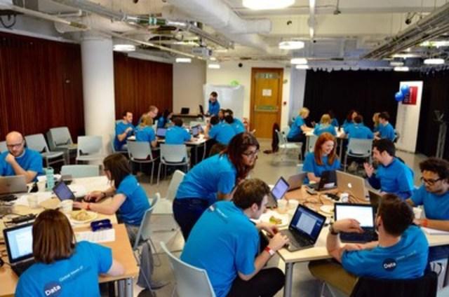 L'équipe d'analystes d'Aimia à Londres vient en aide à six organismes à but non lucratif afin de découvrir de nouvelles connaissances à partir de leurs données (Groupe CNW/AIMIA)