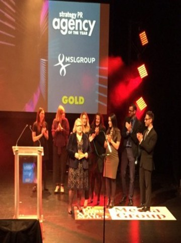 """""""Gayla Brock-Woodland, President, Canada, MSLGROUP receives strategy''s PR Agency of the Year Gold award at a gala on November 4 at the St. Lawrence Centre in Toronto."""" (CNW Group/MSLGROUP)"""