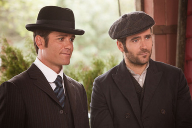 Popular Show Murdoch Mysteries Will Be Available for the First Time Beginning in December on Netflix (CNW Group/Netflix, Inc.)