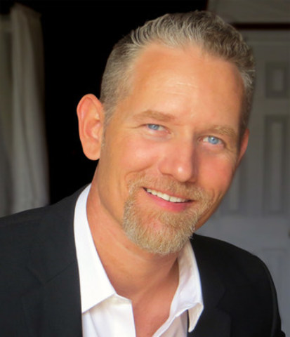 Mike Parkinson will share secrets to turn words and ideas into powerful visuals at IABC/Toronto workshop (CNW Group/IABC/Toronto)