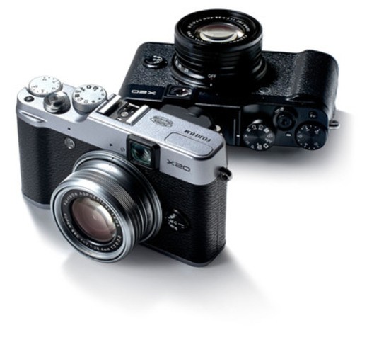 NEW X20 available in Spring 2013. (CNW Group/FUJIFILM Canada Inc.)