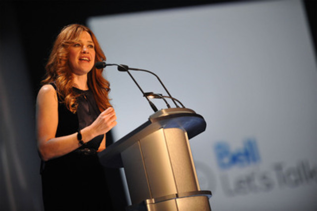 Bell Let's Talk spokesperson and Canadian Olympian, Clara Hughes, thanks supporters at last night's Bell Event fundraiser for CAMH (CNW Group/BELL CANADA)