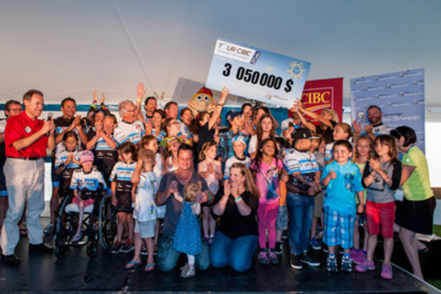 Succès triomphal pour la 21e édition du Tour CIBC Charles-Bruneau! Plus de 3 millions de dollars amassés pour aider les enfants atteints du cancer (Groupe CNW/Fondation Centre de cancérologie Charles-Bruneau)