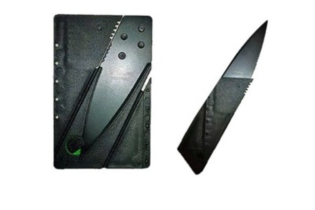 Credit card knife (CNW Group/Canadian Air Transport Security Authority (CATSA))