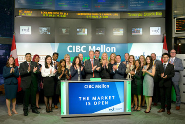 CIBC Mellon President and CEO Tom Monahan, together with members of the company's executive team and employees from across the company celebrated the joint venture's 20th anniversary by opening the Toronto Stock Exchange on July 4, 2016. (CNW Group/CIBC Mellon)