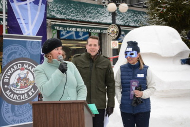 Jasna Jennings, ByWard Market BIA, Councillor Mathieu Fleury and Peggy Ducharme, Downtown-Rideau BIA, kicked off Winterlude activities in front of one of the many sculptures being carved. (CNW Group/Byward Market BIA)