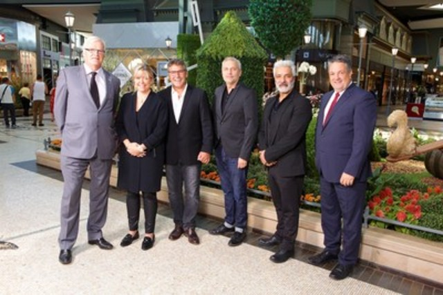 Normand Chouinard (Fonds de solidarité FTQ), Annie Bellavance (Souris Mini), Steeve Beaudet, Donato Coticone (RUDSAK), Evik Asatoorian (RUDSAK) et Léopold Turgeon (CQCD) (Groupe CNW/Fonds de solidarité FTQ)