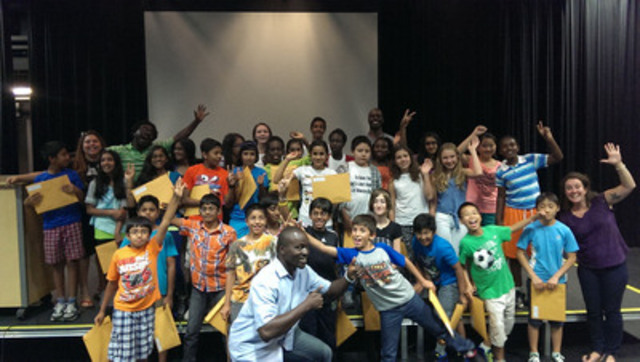 Youth from Harmony Movement's Arts.for.Equity summer program in Oakville, Ontario (CNW Group/Harmony Movement)