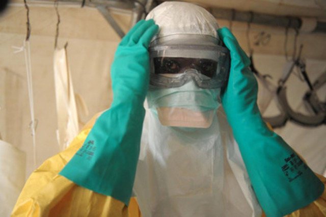 Liberian health worker wears personal protective equipment. More equipment will be sent through the generosity of Canadians, through effect:hope (The Leprosy Mission Canada). Photo courtesy of MAP International. (CNW Group/effect:hope (The Leprosy Mission Canada))