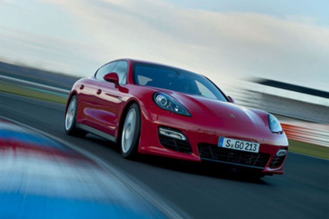 Porsche today unveiled the Panamera GTS, the purest expression of a four-door sports car in the Porsche family, at the Los Angeles Auto Show. (CNW Group/Porsche Canada)