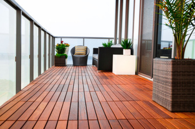 Expanded Home Experiences™ for clients of this KANDY™ beautified balcony (CNW Group/KANDY Outdoor Flooring)